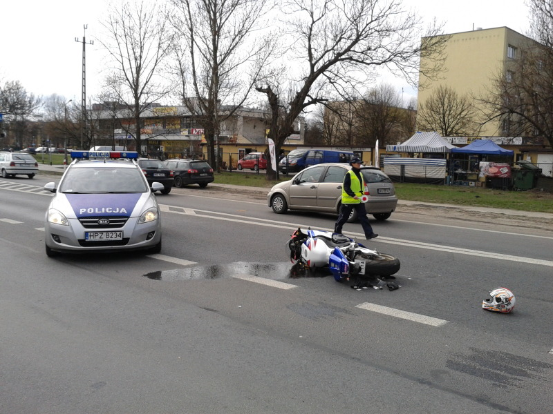 Motocykl potrącił pieszą