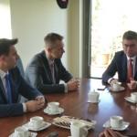 Wiceminister Jan Grabiec przekazał dobre wiadomości przedstawicielom samorządów.