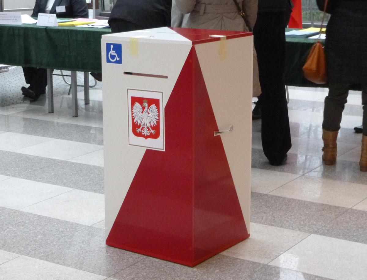 wyborcza urna