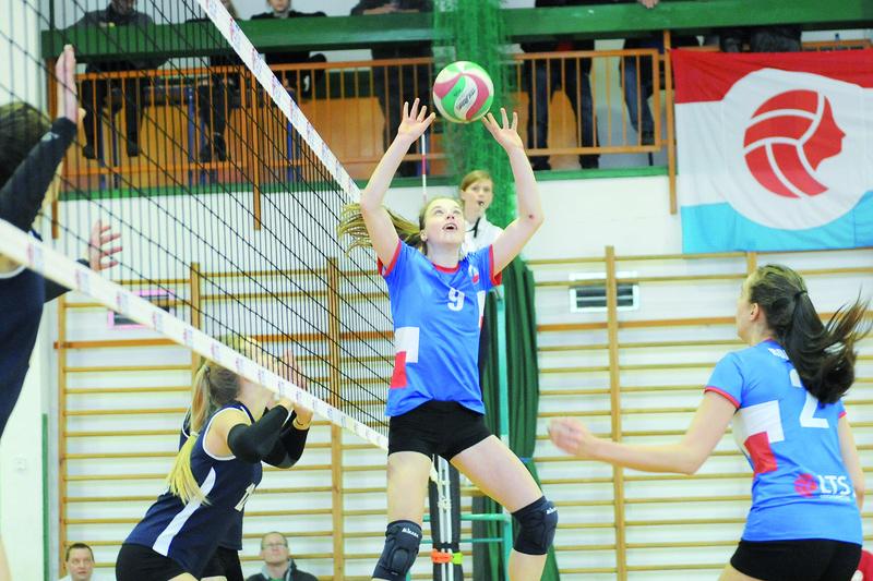Legionowskie kadetki do mistrzostwa Mazowsza poprowadziła rozgrywająca Milena Montowska.