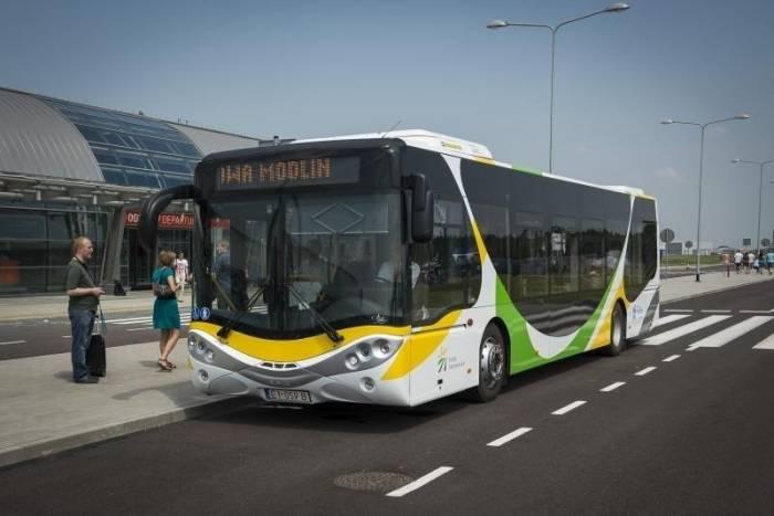 PKP Modlin bus