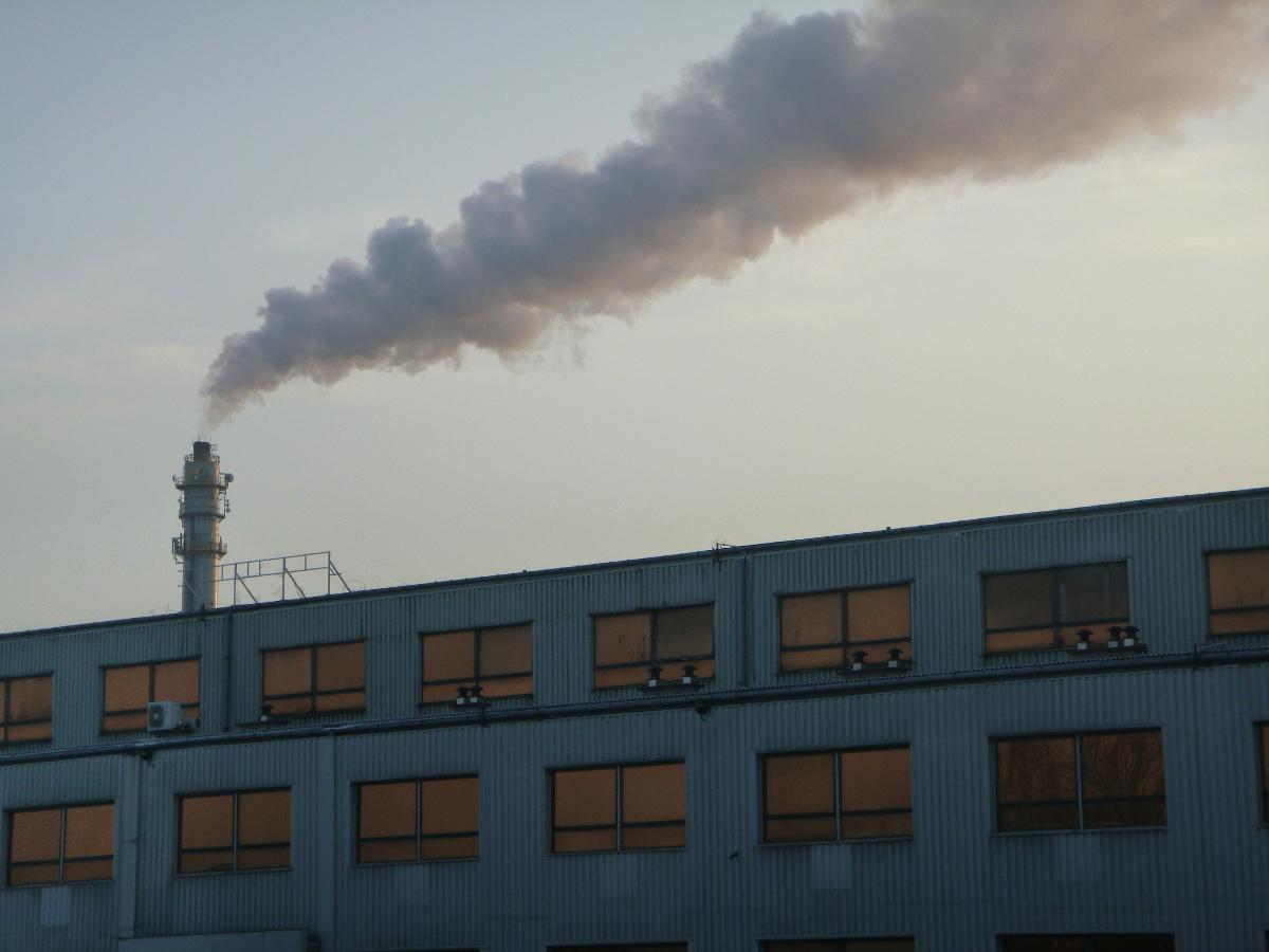dym-z-fabryki2