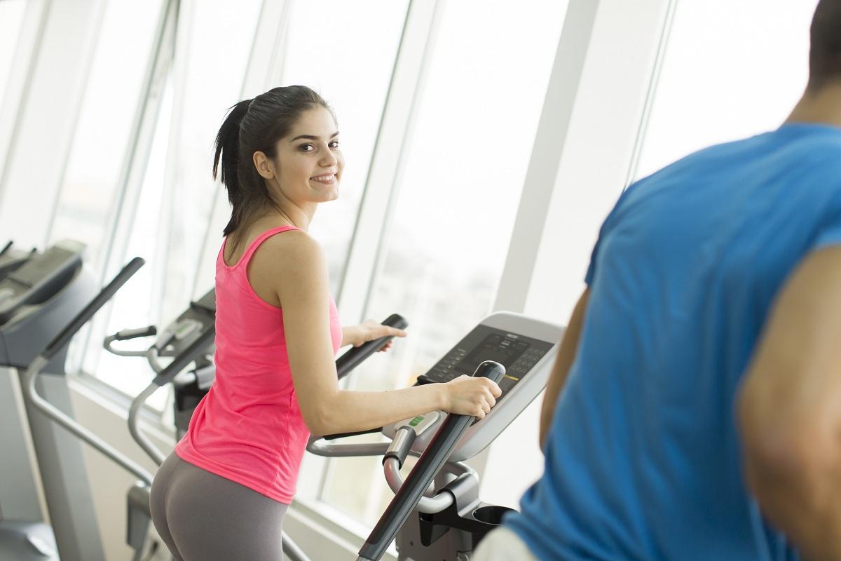Najbardziej efektywnie ćwiczyć by schudnąć bieżnia