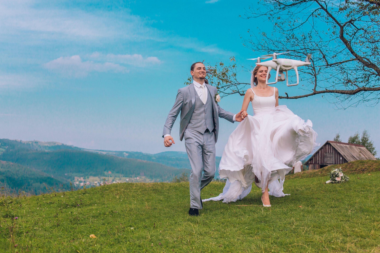 Nowoczesny ślub W 2019 Wideofilmowanie I Fotografia Dronem